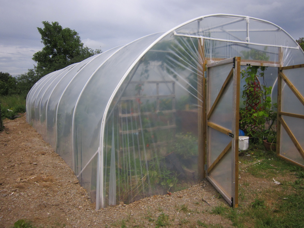 Length Without doors With doors 30ft 1300 euro 1540 euro 40ft 1490 euro 1730 euro 50ft 1670 euro 1910 euro 60ft 1850 euro 2090 euro & 19ft wide polytunnel